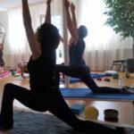 Leuke aktieve yoga